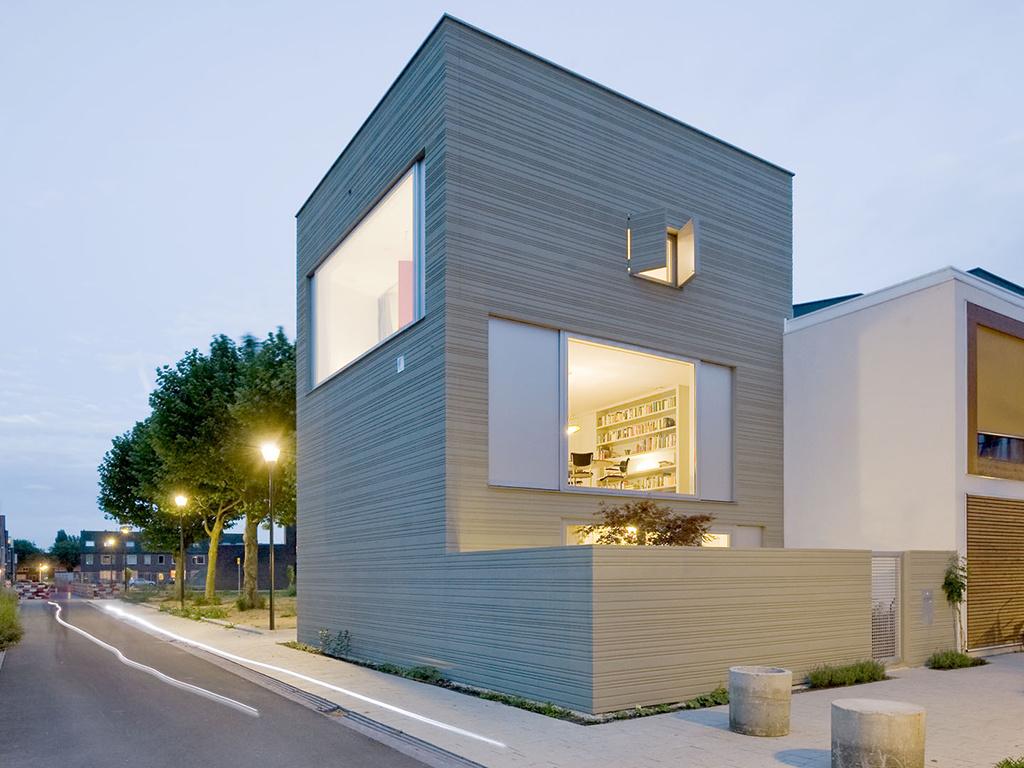 здание из бетона