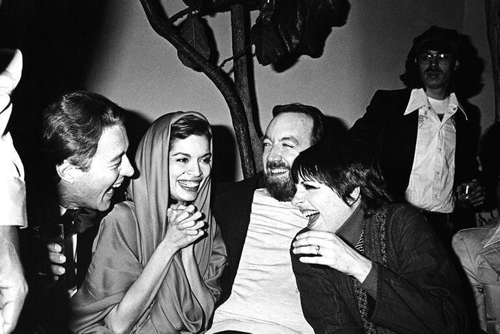 """Боб Колачелло: """"В Studio 54 знаменитости и обычные люди тусовались вместе"""" фото [9]"""
