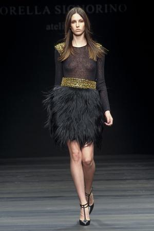 Показы мод Lorella Signorino Осень-зима 2011-2012 | Подиум на ELLE - Подиум - фото 2219