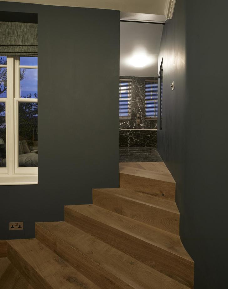 Лондонская квартира с деревянной лестницей от Deca Architecture (фото 8)