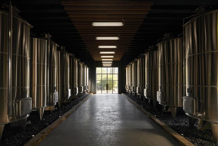 Винодельня по проекту Humbert & Poyet в Провансе (фото 18)