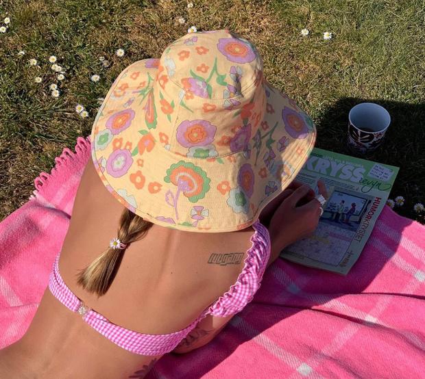 Самый модный аксессуар этого лета: почему нам нужна панама как у Аманды Стил и датских блогеров (фото 4)