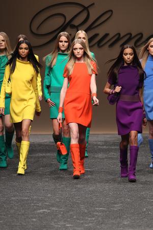 Показы мод Blumarine Осень-зима 2011-2012 | Подиум на ELLE - Подиум - фото 2228