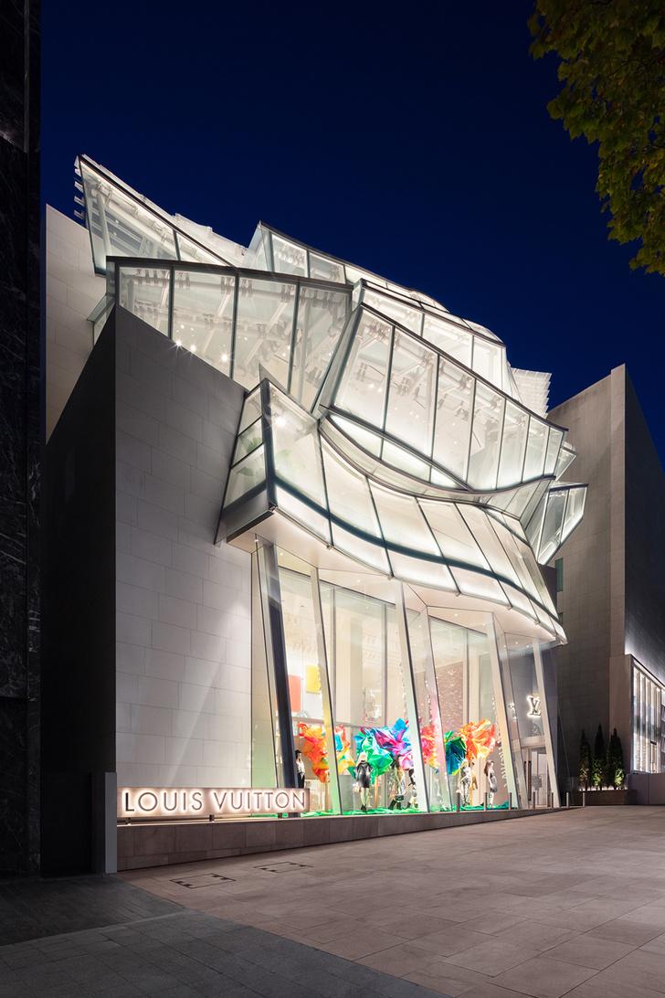 Флагманский магазин Louis Vuitton открылся в Сеуле (фото 13)