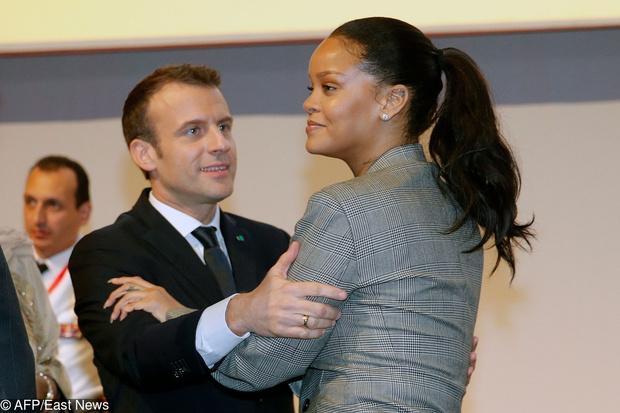 Рианна и Эммануэль Макрон на конференции в Сенегале (фото 4)