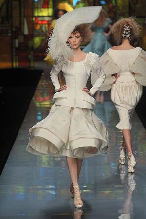 Показы мод Christian Dior Весна-лето 2009 | Подиум на ELLE - Подиум - фото 3285