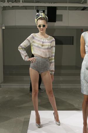 Показы мод Peter Som Весна-лето 2010 | Подиум на ELLE - Подиум - фото 3050
