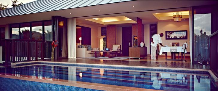 Интерьер виллы курорта Raffles Praslin Seychelles