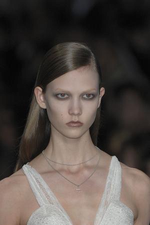 Показ Givenchy коллекции сезона Весна-лето 2009 года Haute couture - www.elle.ru - Подиум - фото 86850