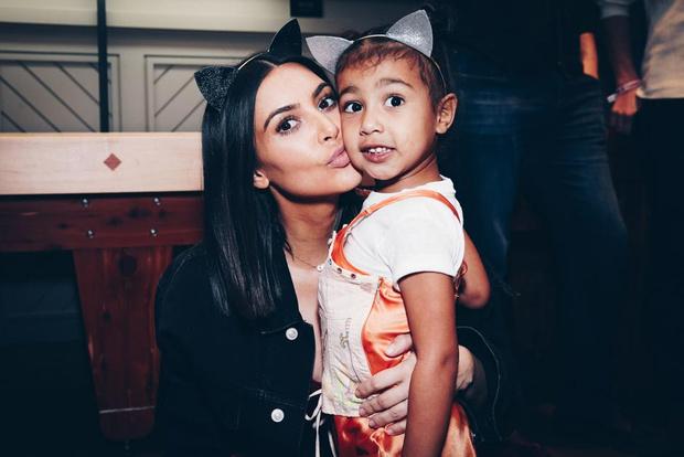Ким Кардашьян пытается оградить дочь от влияния матери