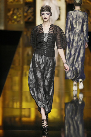 Показы мод Christian Dior Осень-зима 2009-2010 | Подиум на ELLE - Подиум - фото 3139
