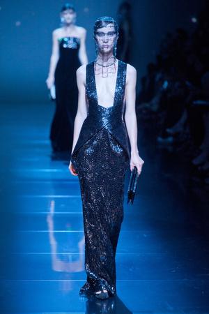 Показ Giorgio Armani Privé коллекции сезона Осень-зима 2012-2013 года haute couture - www.elle.ru - Подиум - фото 404186