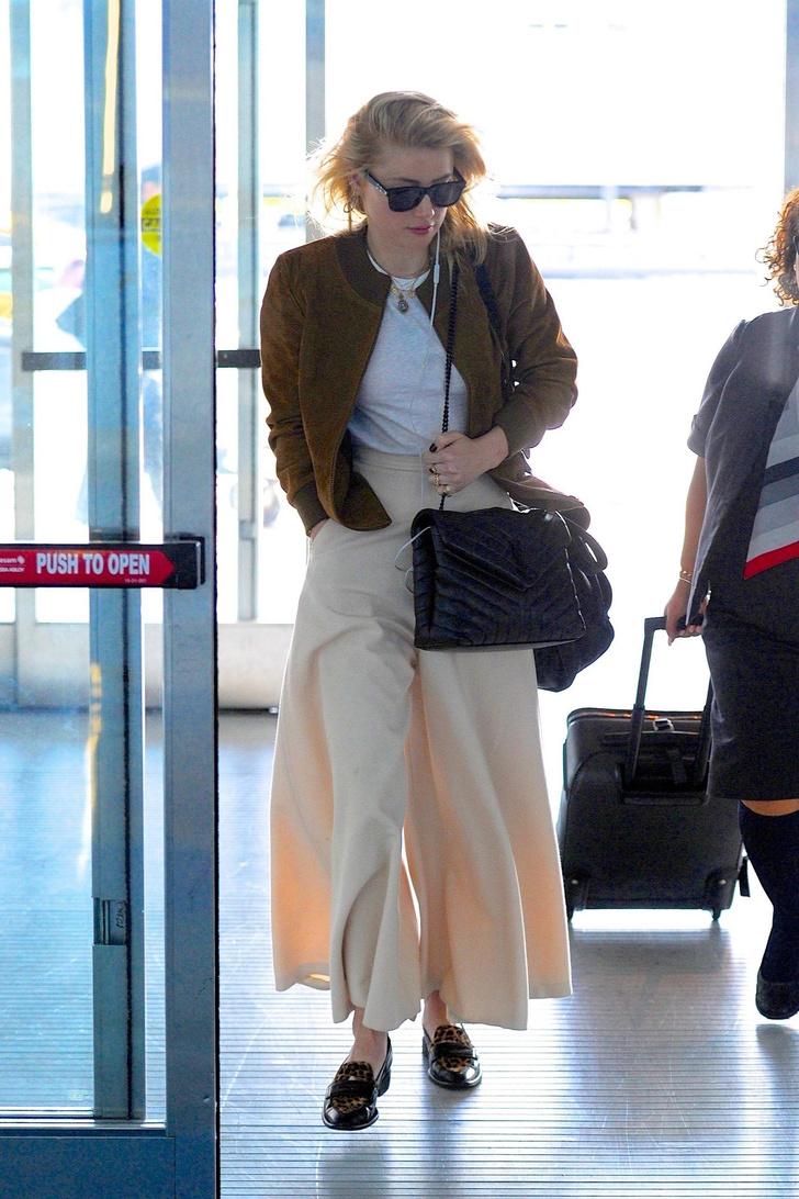Широкие, очень широкие кремовые брюки Эмбер Херд (фото 1)