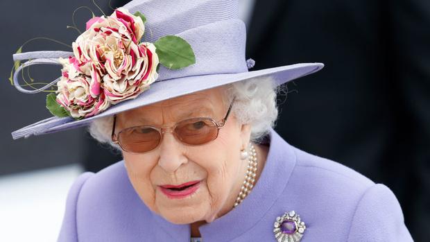 Королева Елизавета II и Меган Маркл впервые отправятся в совместную поездку (фото 3)