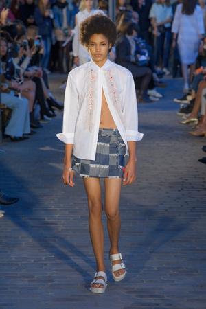 Показы мод Paul & Joe Весна-лето  2017 | Подиум на ELLE - Подиум - фото 4724