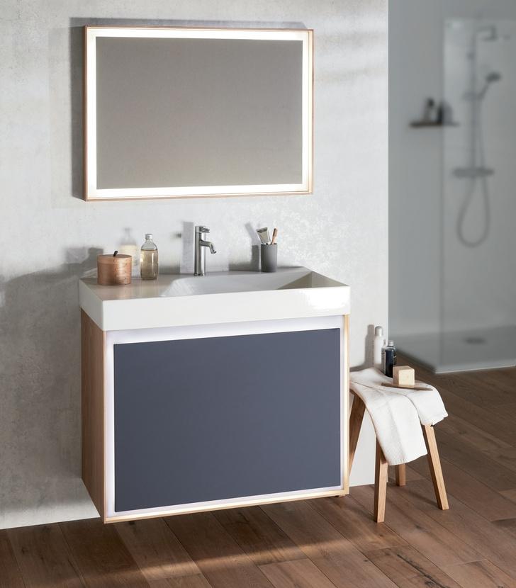 Топ 12: освещение в ванной. Мебель, зеркала, душевые лейки и ванны со встроенной подсветкой (фото 17)