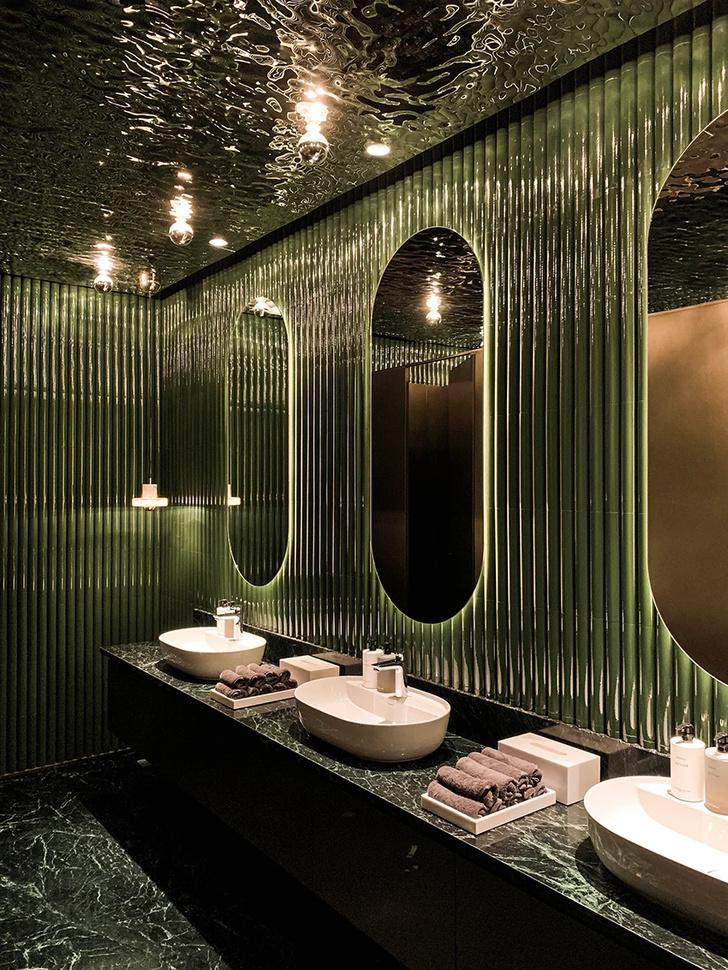 Французский ресторан с зеркальным потолком в Гуанчжоу (фото 11)