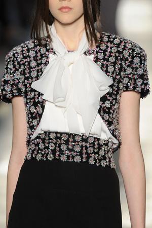 Показ  коллекции сезона Осень-зима 2012-2013 года Haute couture - www.elle.ru - Подиум - фото 404457