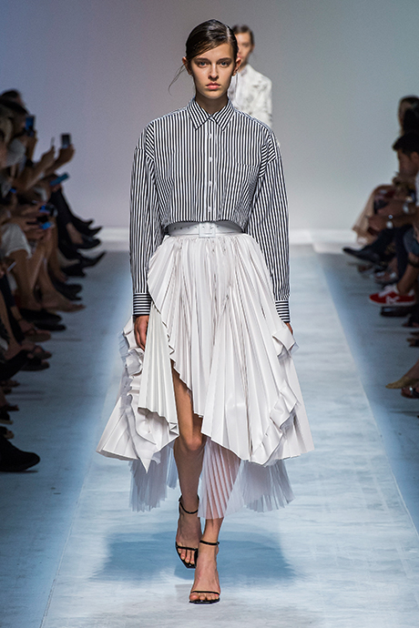 Тренд сезона: юбки плиссе (фото 1)