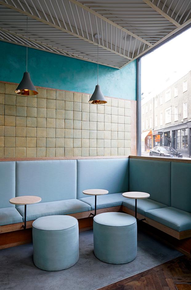 Ресторан в Лондоне (фото 1)