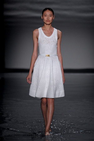 Показ Maison Rabih коллекции сезона Осень-зима 2011-2012 года Haute couture - www.elle.ru - Подиум - фото 277856