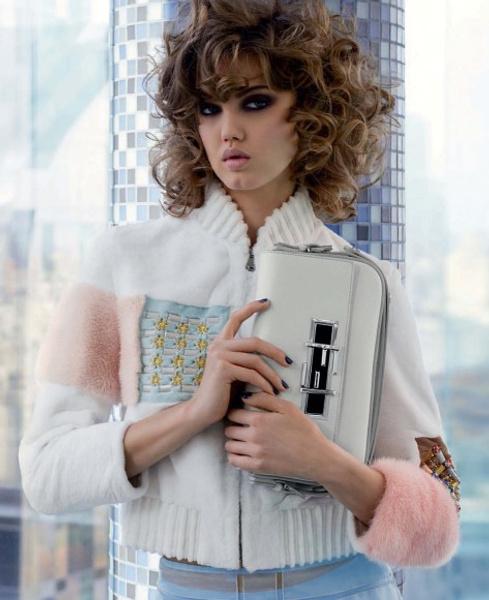 Карл Лагерфельд снял новую рекламную кампанию Fendi | галерея [1] фото [1]