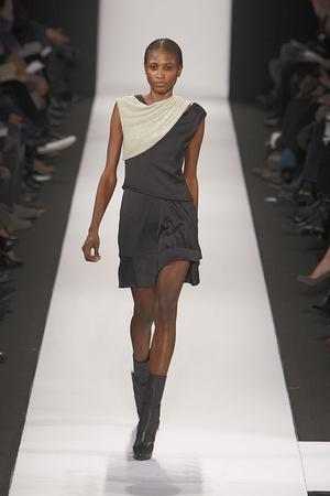 Показы мод Narciso Rodriguez Осень-зима 2010-2011 | Подиум на ELLE - Подиум - фото 2832
