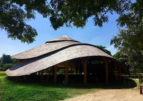 В Таиланде построили спортзал из бамбука | галерея [1] фото [5]