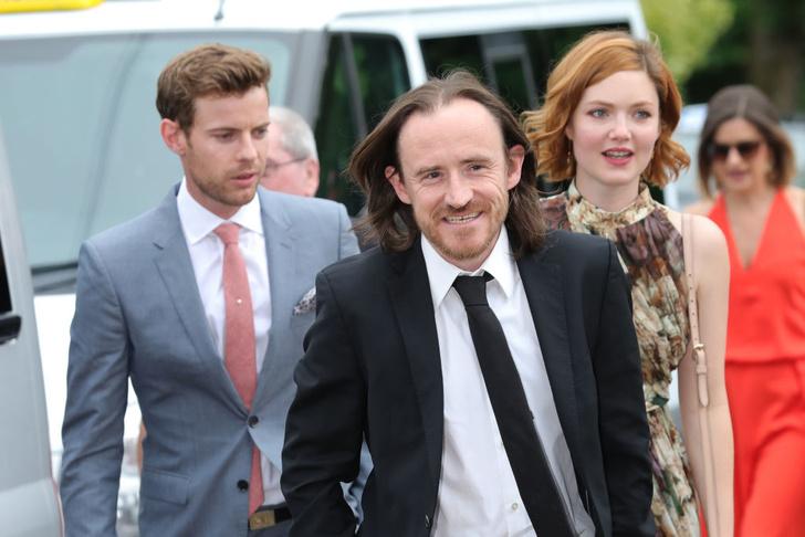 Кит Харингтон иРоуз Лесли поженились (фото 8)