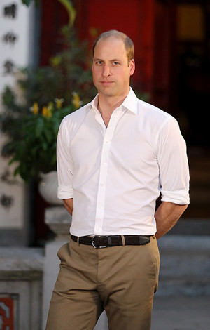 Бывшая возлюбленная принца Уильяма скрывает первенца