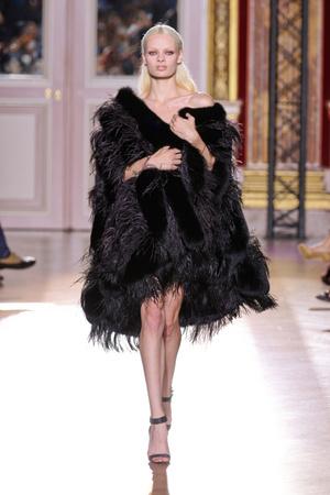 Показ Zuhair Murad коллекции сезона Осень-зима 2012-2013 года haute couture - www.elle.ru - Подиум - фото 404983