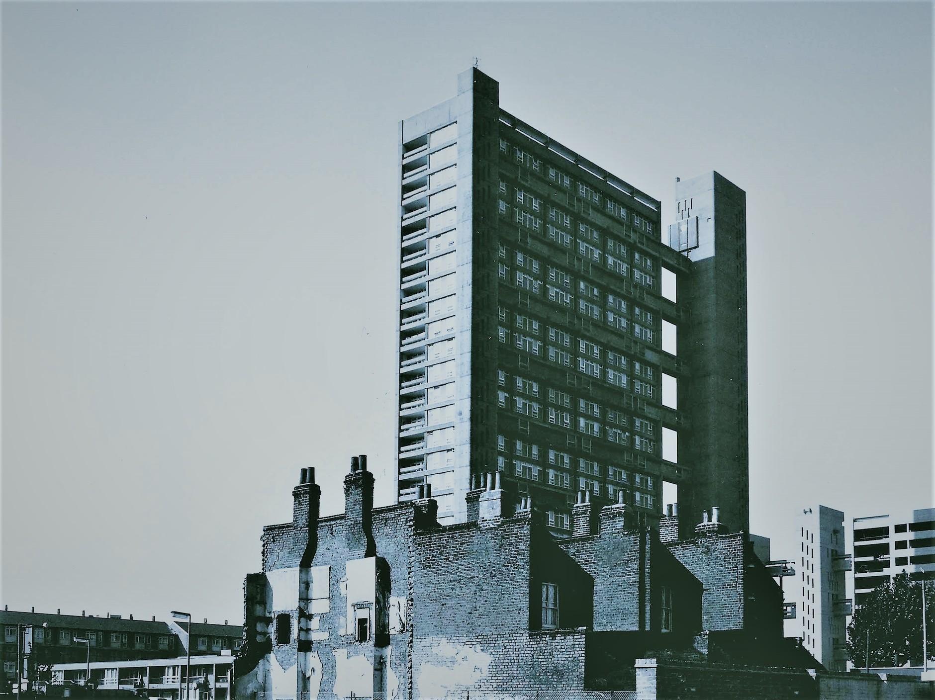 В памятнике Брутализма Balfron Tower открыли квартиры для продажи (галерея 7, фото 3)