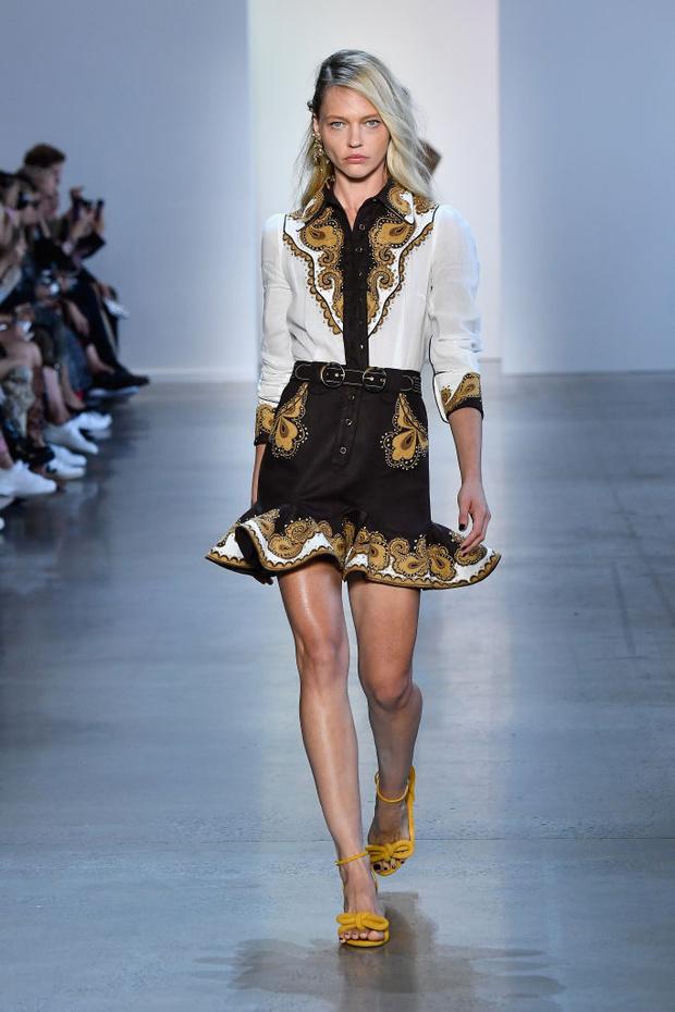 Четыре показа Саши Пивоваровой на Неделе моды в Нью-Йорке (фото 2)