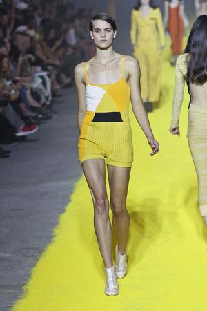 Показы мод Sonia Rykiel Весна-лето 2012 | Подиум на ELLE - Подиум - фото 1806