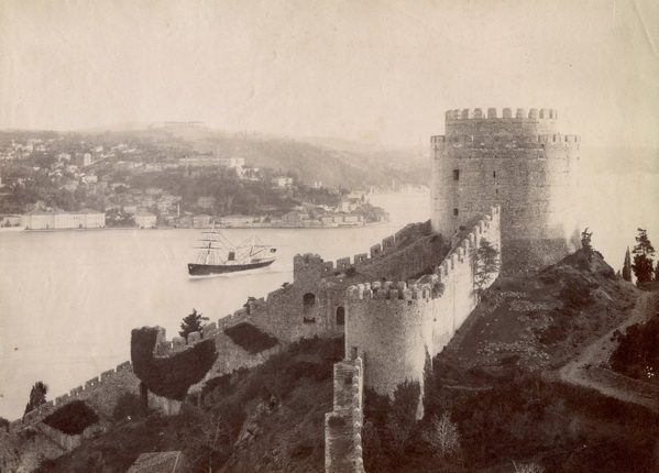В МАММ открывается фотовыставка «Закрыв глаза, я слушаю Стамбул…» | галерея [1] фото [2]