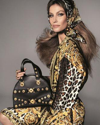 Кайя Гербер, Наоми Кэмпбелл и Джиджи Хадид в новой рекламной кампании Versace (фото 6)