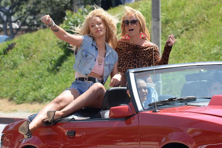 Игги Азалия и Бритни Спирс: фото