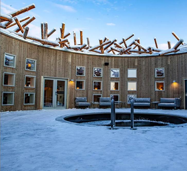 Arctic Bath: плавучий отель в Швеции (фото 5)