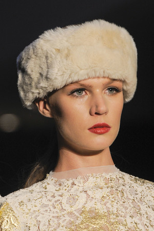 Показ Luisa Beccaria коллекции сезона Осень-зима 2013-2014 года prêt-à-porter - www.elle.ru - Подиум - фото 518595