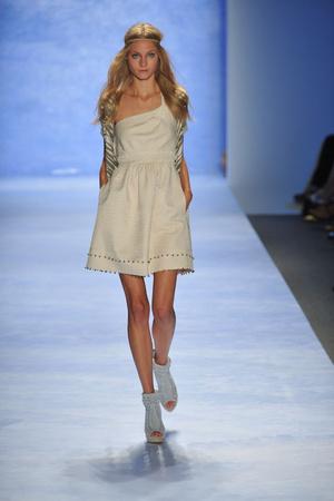 Показ Rebecca Taylor коллекции сезона Весна-лето 2009 года prêt-à-porter - www.elle.ru - Подиум - фото 75785