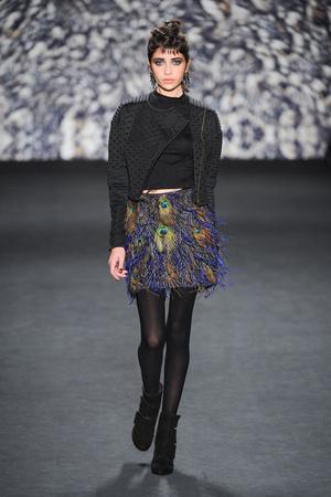 Показ Nicole Miller коллекции сезона Осень-зима 2014-2015 года Prêt-à-porter - www.elle.ru - Подиум - фото 576296