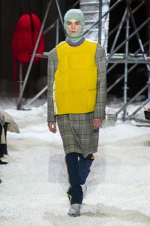 Показ Calvin Klein коллекции сезона осень-зима  2018-2019 года Prêt-à-porter - www.elle.ru - Подиум - фото 685991