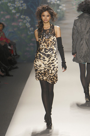 Показ Tracy Reese коллекции сезона Осень-зима 2010-2011 года prêt-à-porter - www.elle.ru - Подиум - фото 145112