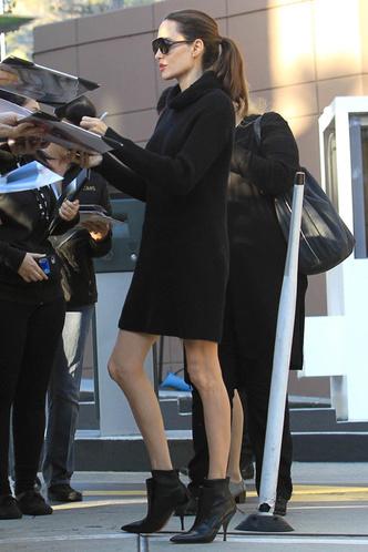 Инсайдеры: «Анджелина всерьез обеспокоена своим здоровьем» фото [4]