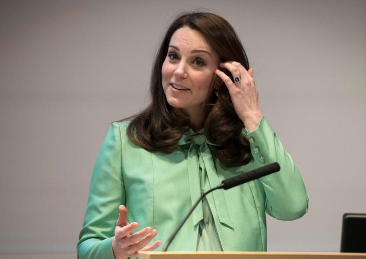 Кейт Миддлтон на симпозиуме в Лондоне (фото 3)