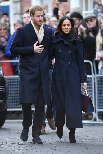 Фото дня: принц Гарри и Меган Маркл в Ноттингеме (фото 2)