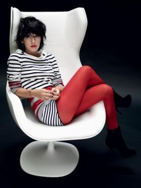 Топ из кашемира, шорты из хлопка, все —  Chanel; колготки, Dim; сапоги из замши, Christian Louboutin