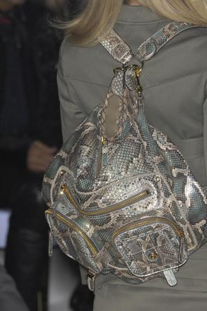 Показ Gucci коллекции сезона Весна-лето 2009 года Prêt-à-porter - www.elle.ru - Подиум - фото 82073
