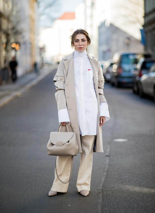 5 способов носить белую рубашку-оверсайз (фото 11)