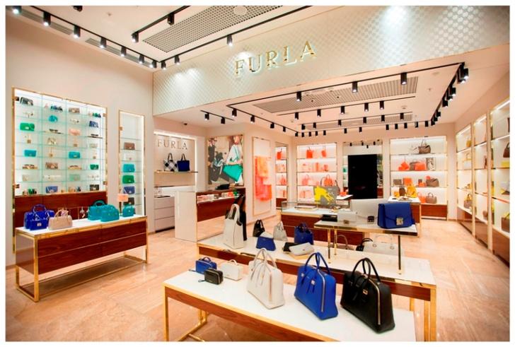 В Санкт-Петербурге открылся бутик Furla новой концепции